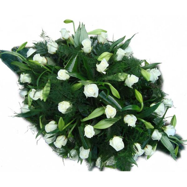 witte lelies en witte rozen rouw bloemstuk