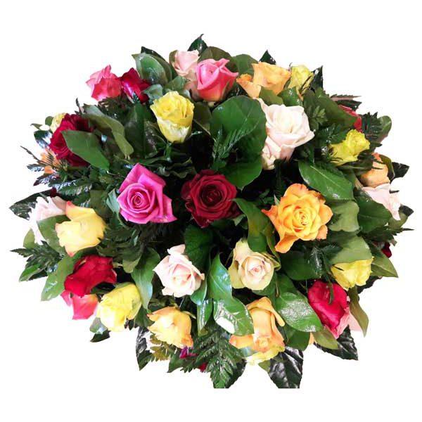 kleurrijk rond rouw stuk met verschillende kleuren rozen